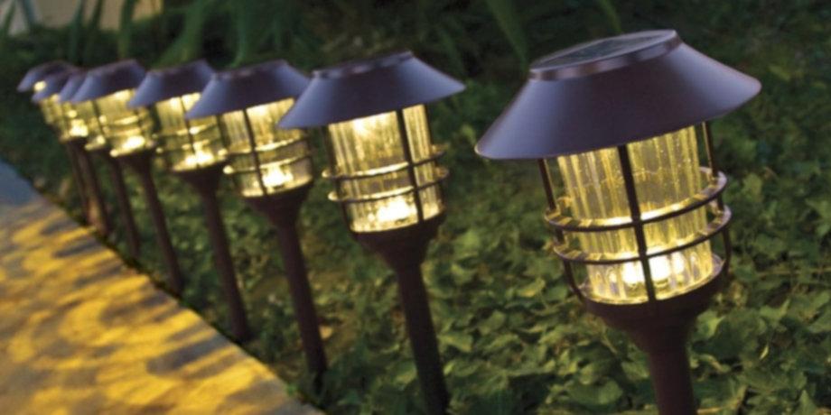 bien choisir ses lampes solaires pour un clairage cologique du jardin energie id ale. Black Bedroom Furniture Sets. Home Design Ideas
